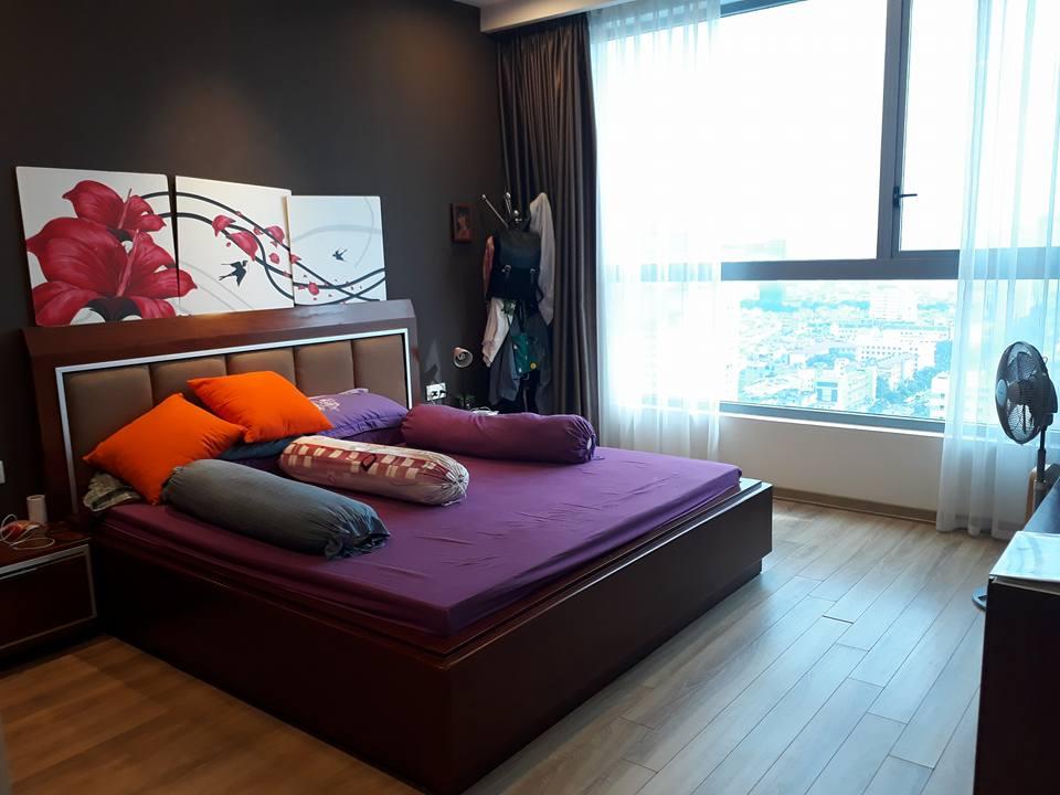 Cho thuê căn hộ cao cấp Vinhomes Nguyễn Chí Thanh, 3 phòng ngủ