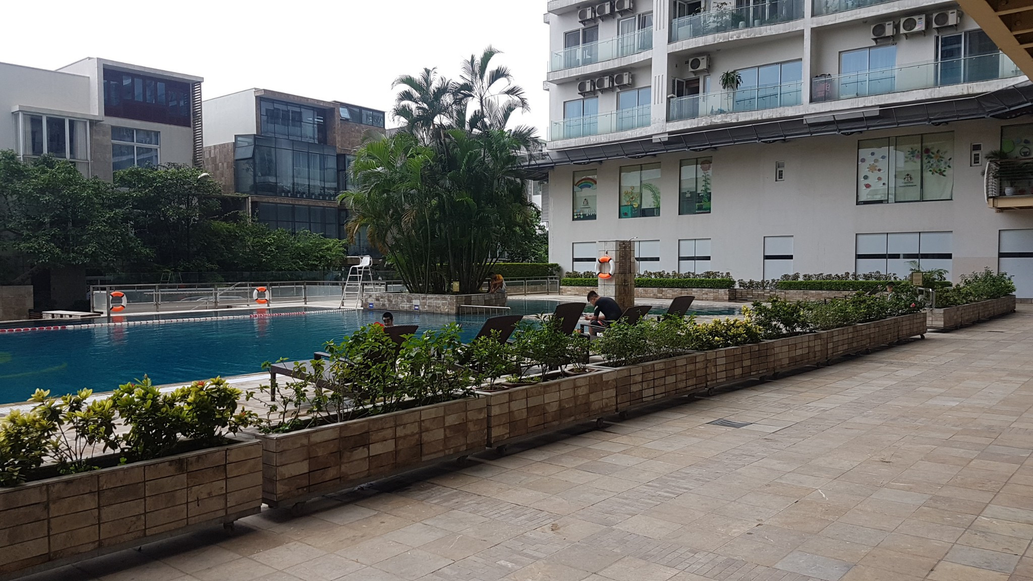 4 bedroom apartment in Golden Westlake with lake view
