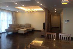 Cho thuê căn hộ tại Goldmark City full đồ
