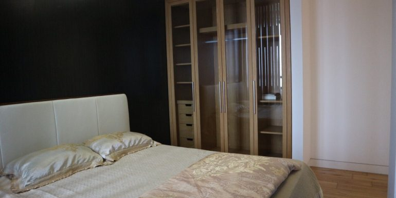Apartment in Indochina plaza for rent