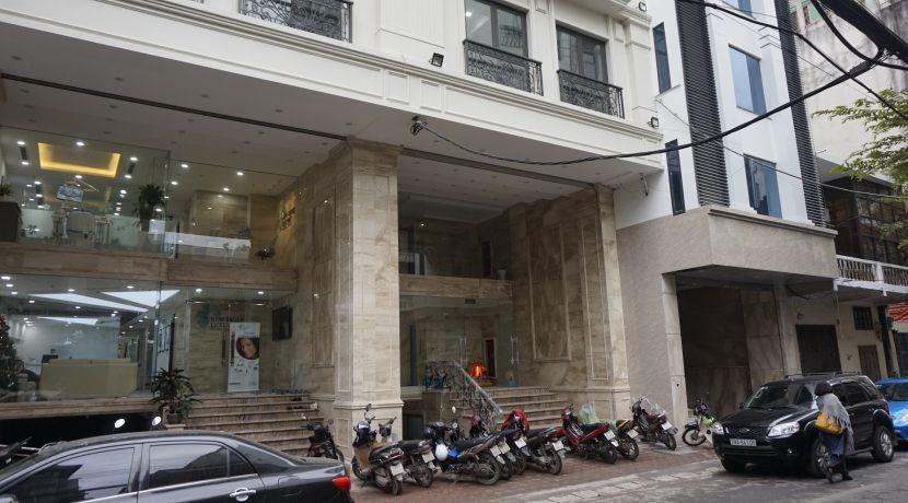 Brandnew Apartment near Vincom center