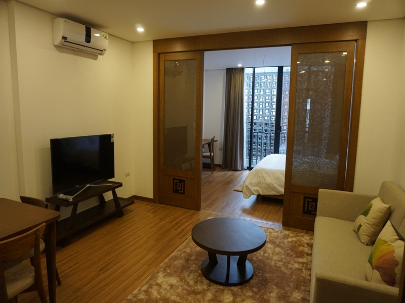 New Truong Han Sieu serviced apartment for rent