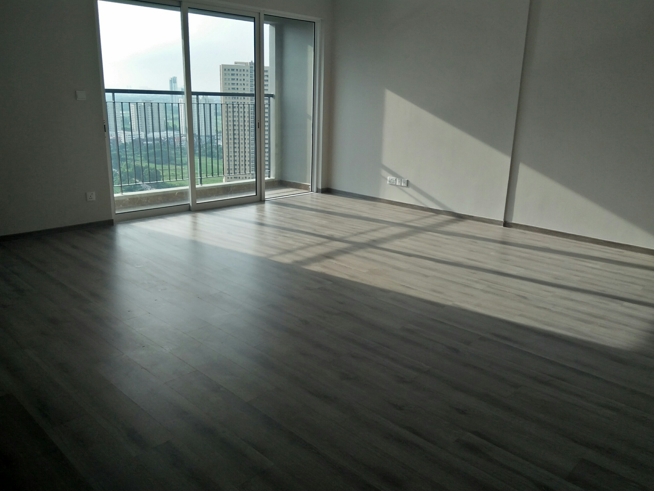 Simi-Furnished Apartment in Seasons Avenue 3 Bedrooms