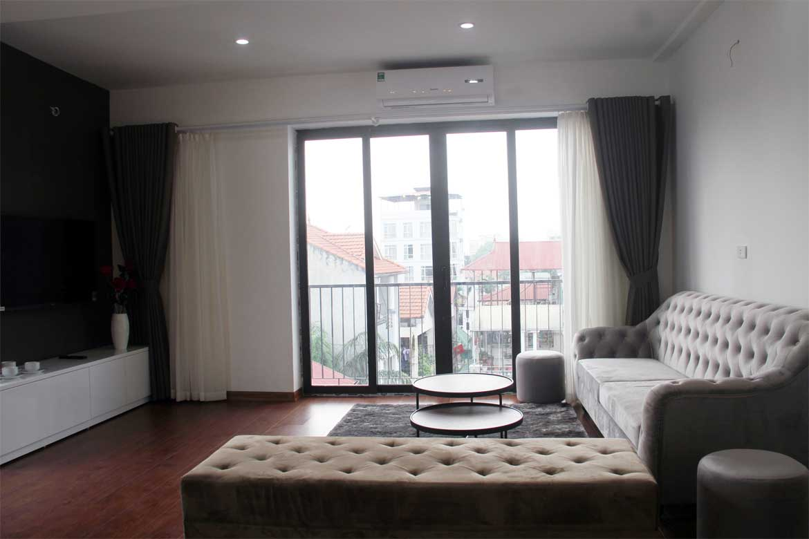 Two-bedroom Apartment Xuan Dieu street for rent