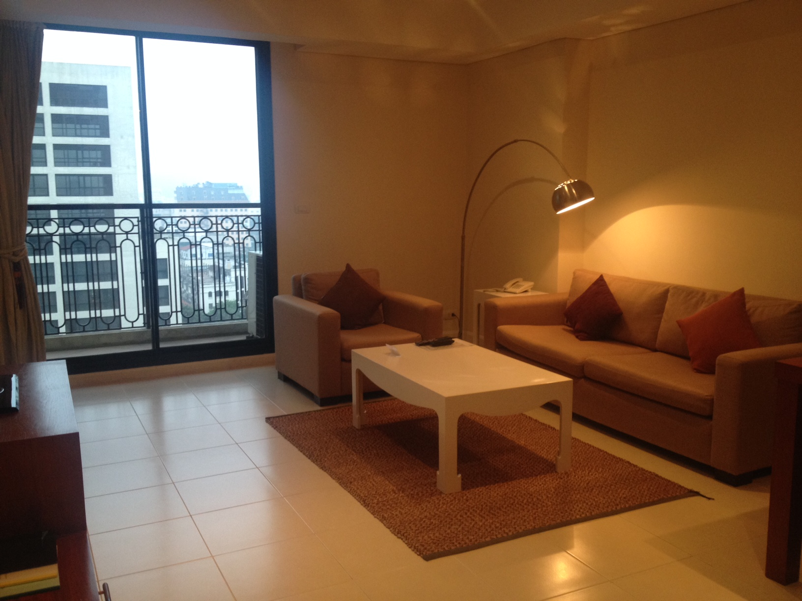 Pacific Palace Serviced Apartment for rent