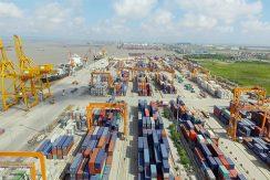 lach-huyen-deep-sea-port-container-terminal