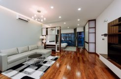 Serviced Apartment Trang An complex