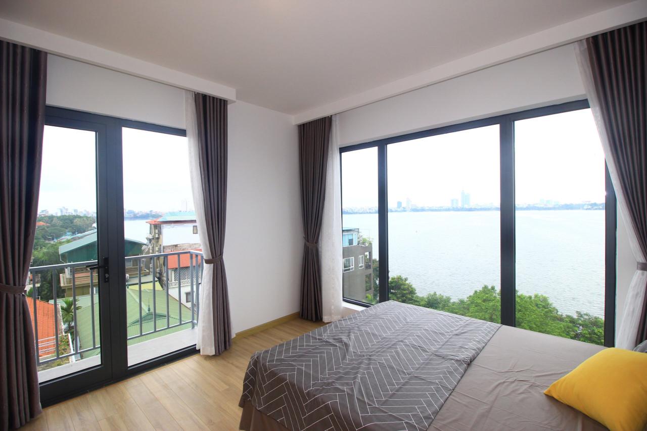 Cho thuê căn hộ dịch vụ Hồ Tây view hồ Tây