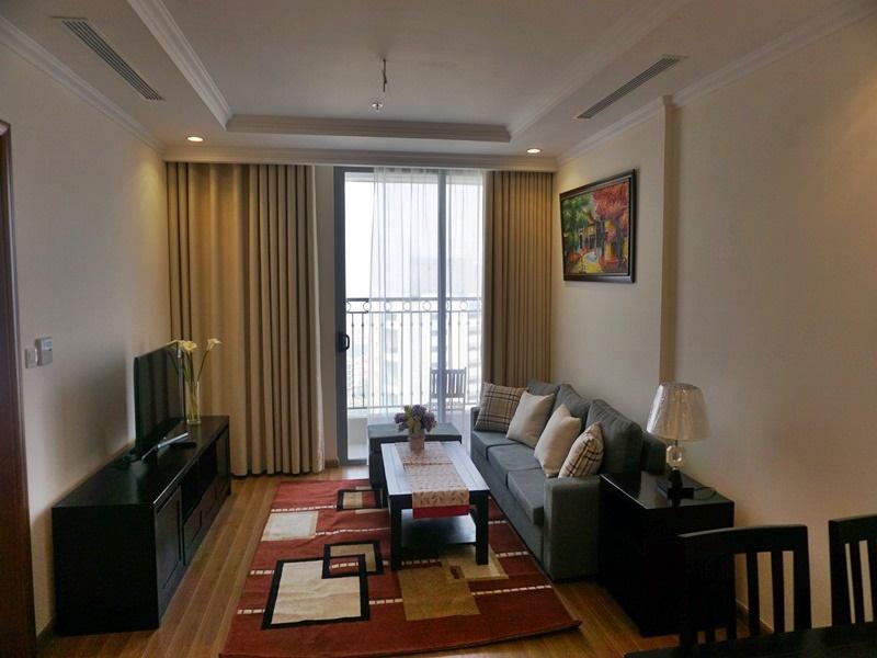 Cho thuê căn hộ Vinhomes Nguyễn Chí Thanh đủ đồ