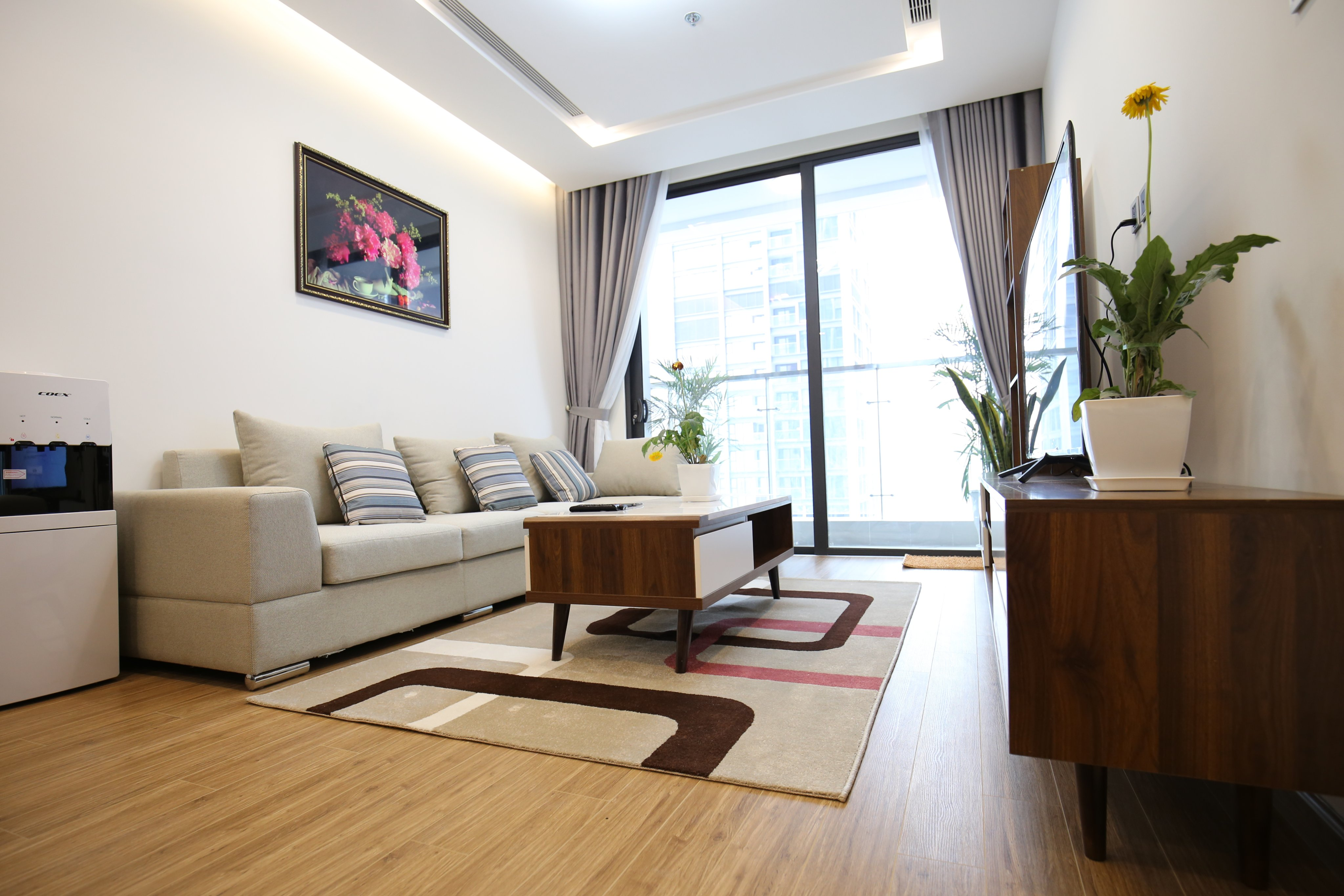 Vinhomes Metropolis 3 bedrooms apartment for rent