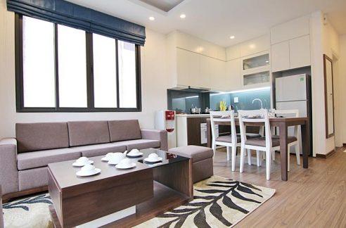 Tay Hoサービスアパート、To Ngoc Van通り