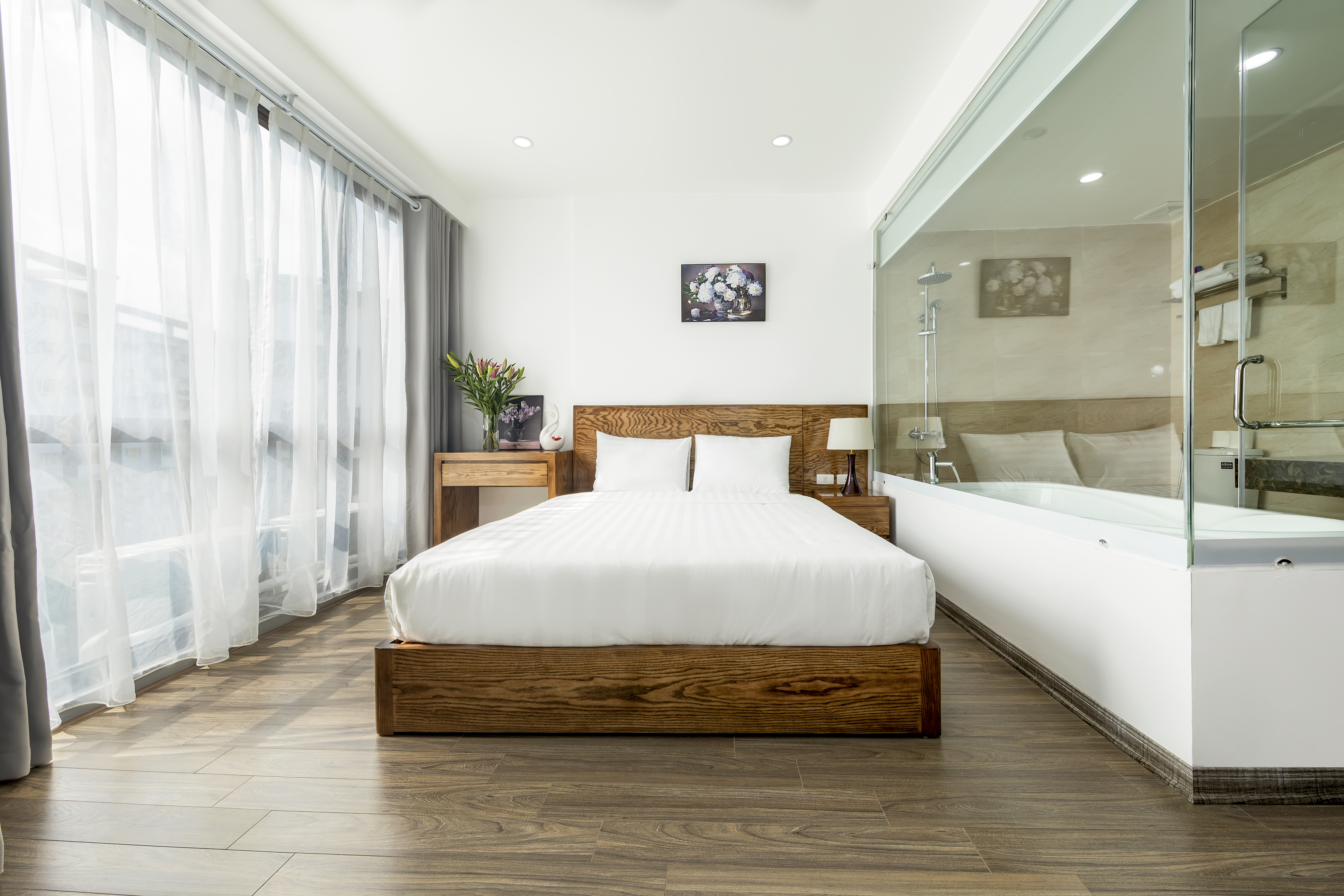 Cau Giay地区のサービスアパート、Granda Suites Hanoiビル