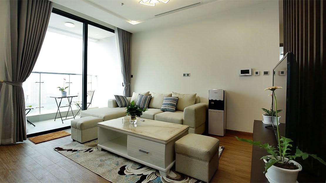 Three-Bedroom Apatment Metropolis