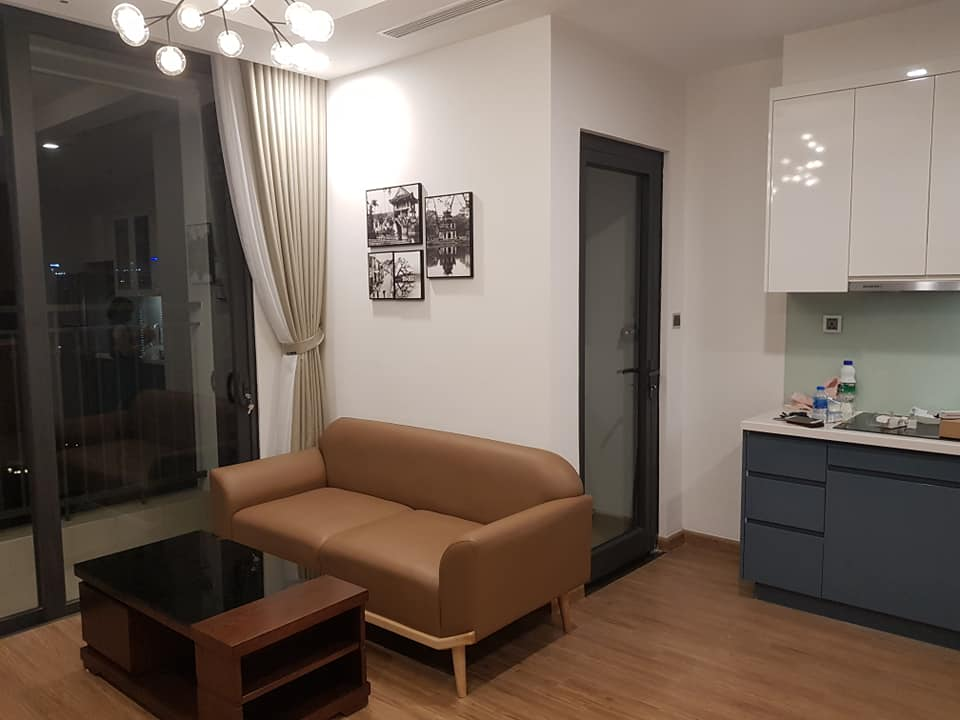 Two Bedroom Apartment in Vinhomes Green Bay