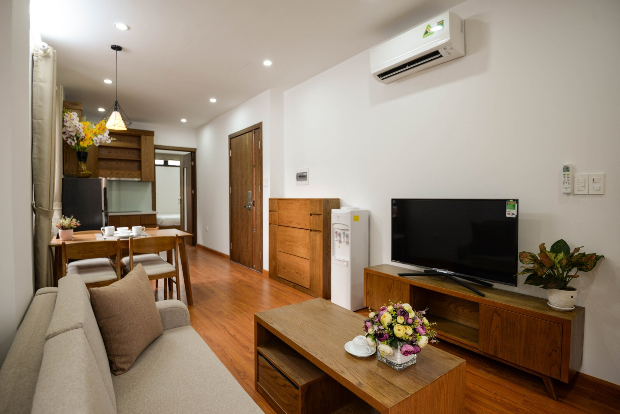 Two Bedroom Apartment in Linh Lang street (Japan Town Hanoi)
