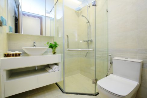 bathroom2 (1)
