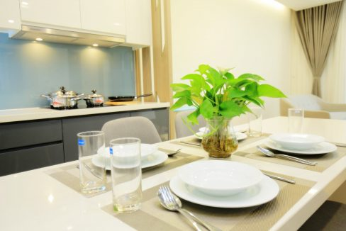 dining table (3)