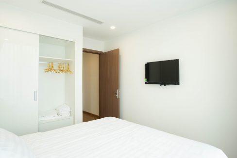 bedroom1 (2)