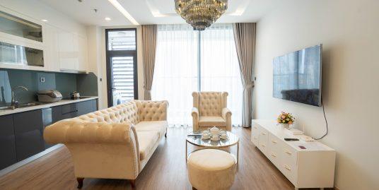 Three Bedroom Apartment in Vinhomes Metropolis Lieu Giai
