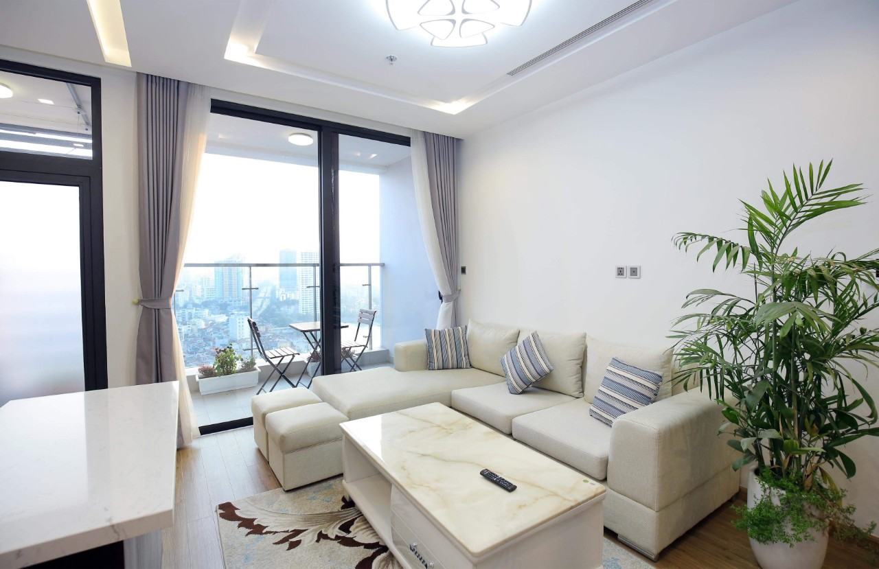 Three-Bedroom Apartment for Rent in Vinhomes Metropolis